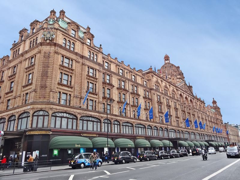 Harrods London 7 Tips For Your Shopping Stroll