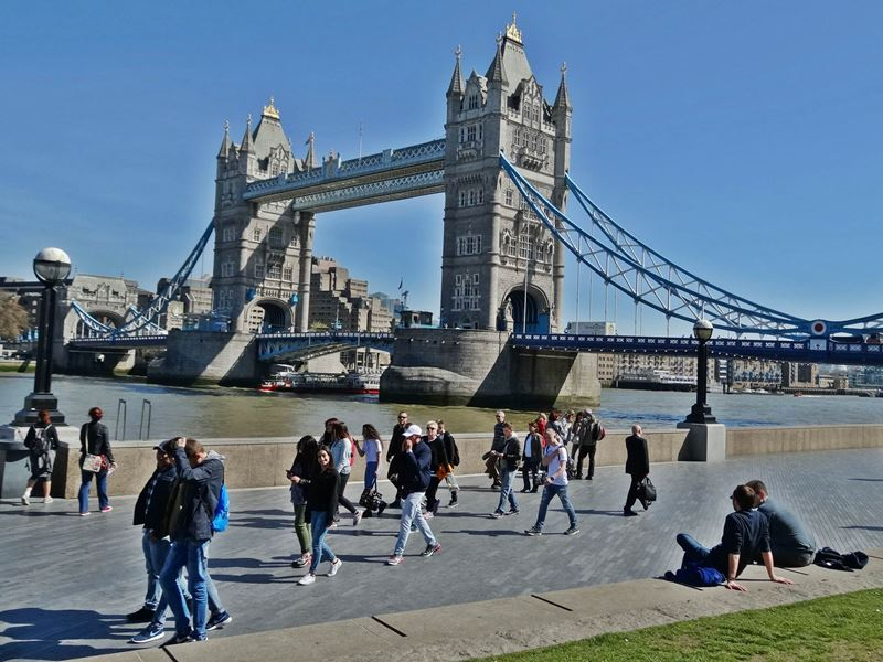 the tower bridge report The radio recruits report from a famous bridge in a bustling capital city.