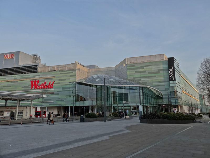 westfield london big mall with 300 shops cinema. Black Bedroom Furniture Sets. Home Design Ideas