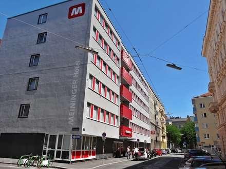 Meininger Hotel Sissi Building