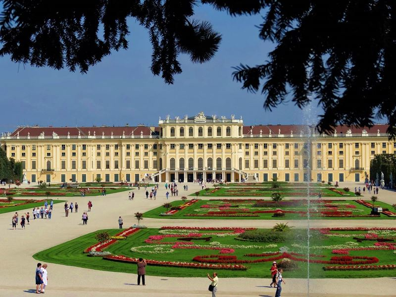 Schonbrunn Palace Top 10
