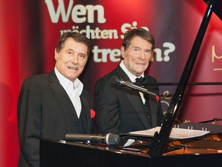 Udo Jürgens with Wax Figure