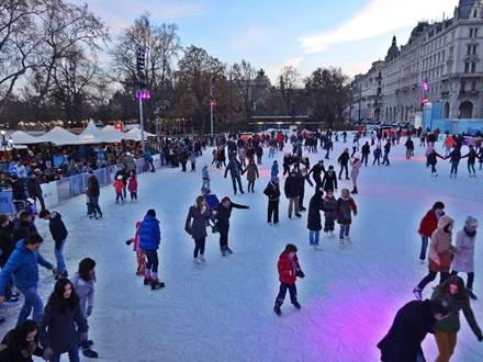 Eisfläche Wiener Eistraum